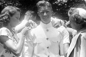 Jimmy_Carter_Naval_Academy_Graduation_1946